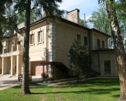 Облицовка фасада Известняк бежевый