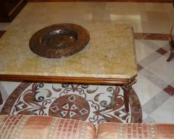 Столик мраморный материал Брекчия оничиата
