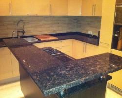 Кухонная столешница гранит Тан браун