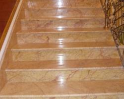 Лестница Крема Валенсия