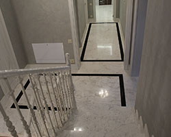 Лестница мрамор Пиргон