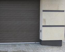 Мощение брусчаткой 100х200х50 термообработанной гранит  серый Сезам блек